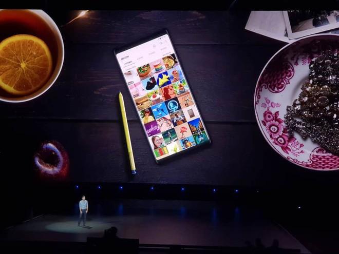 Tất cả những gì bạn cần biết về Galaxy Note 9 vừa ra mắt: Cấu hình, giá bán, màu sắc,... - Ảnh 1.