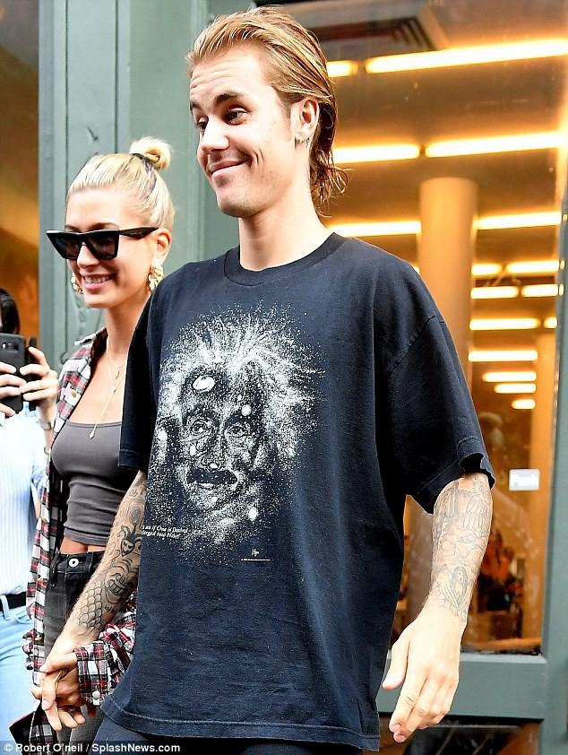 Justin Bieber đã nghe lời Hailey đi cắt tóc, phải chăng đây là lý do anh chàng ôm mặt khóc giữa phố hôm trước đó? - Ảnh 10.