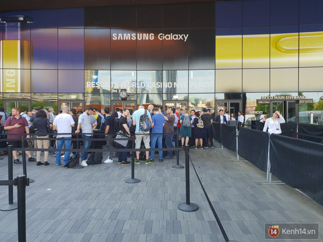 Toàn cảnh sân khấu sự kiện ra mắt Galaxy Note 9: Rất hoành tráng, quá cuốn hút và hứa hẹn sẽ cực kỳ bùng nổ - Ảnh 5.