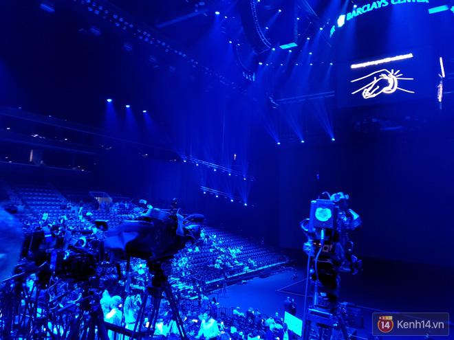 Toàn cảnh sân khấu sự kiện ra mắt Galaxy Note 9: Rất hoành tráng, quá cuốn hút và hứa hẹn sẽ cực kỳ bùng nổ - Ảnh 7.