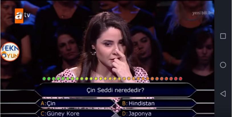 Cô gái Thổ Nhĩ Kỳ bỗng nổi tiếng toàn cầu vì không trả lời được câu hỏi Vạn Lý Trường Thành của Trung Quốc nằm ở đâu - Ảnh 2.