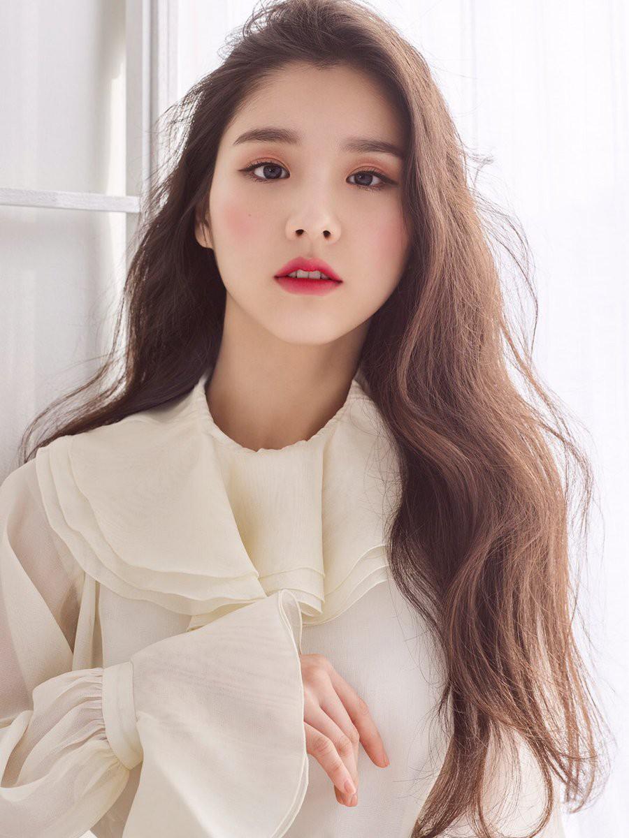 Xuất hiện 30 giây thu về gần 5 triệu view, mỹ nhân Kpop nổi lên sau một đêm vì quá đẹp trong clip quảng cáo - Ảnh 7.