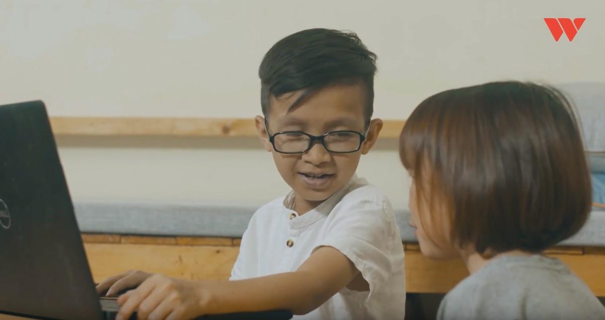 Thầy giáo tí hon hơn 30 tuổi vẫn chỉ nặng 19kg: Muốn đạt tới vị trí nào cũng cần năng lực, không có sự ưu tiên kể cả bạn là người khuyết tật - Ảnh 5.