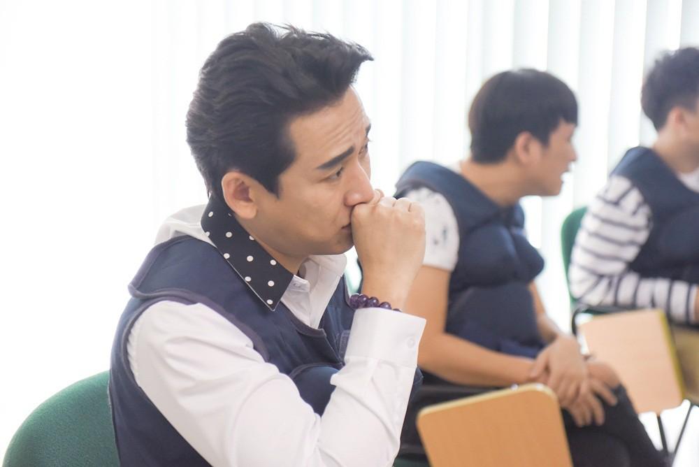 Khi đàn ông mang bầu: Trấn Thành bật khóc nức nở vì thương Hari Won khi vượt cạn - Ảnh 4.