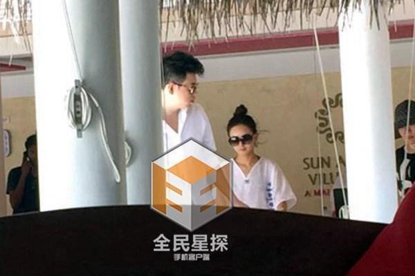 So sánh 5 cô bạn gái của Phùng Thiệu Phong: Người bị chê EQ thấp, kẻ lộ ảnh nóng thuở chập chững vào nghề - Ảnh 23.
