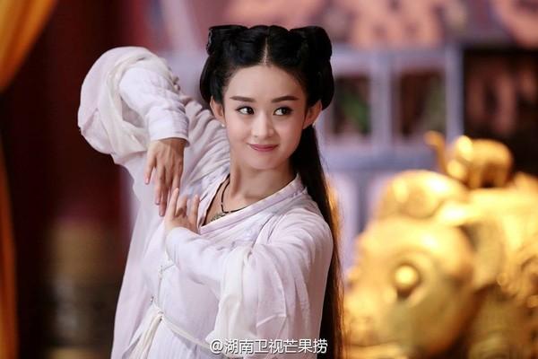 So sánh 5 cô bạn gái của Phùng Thiệu Phong: Người bị chê EQ thấp, kẻ lộ ảnh nóng thuở chập chững vào nghề - Ảnh 14.