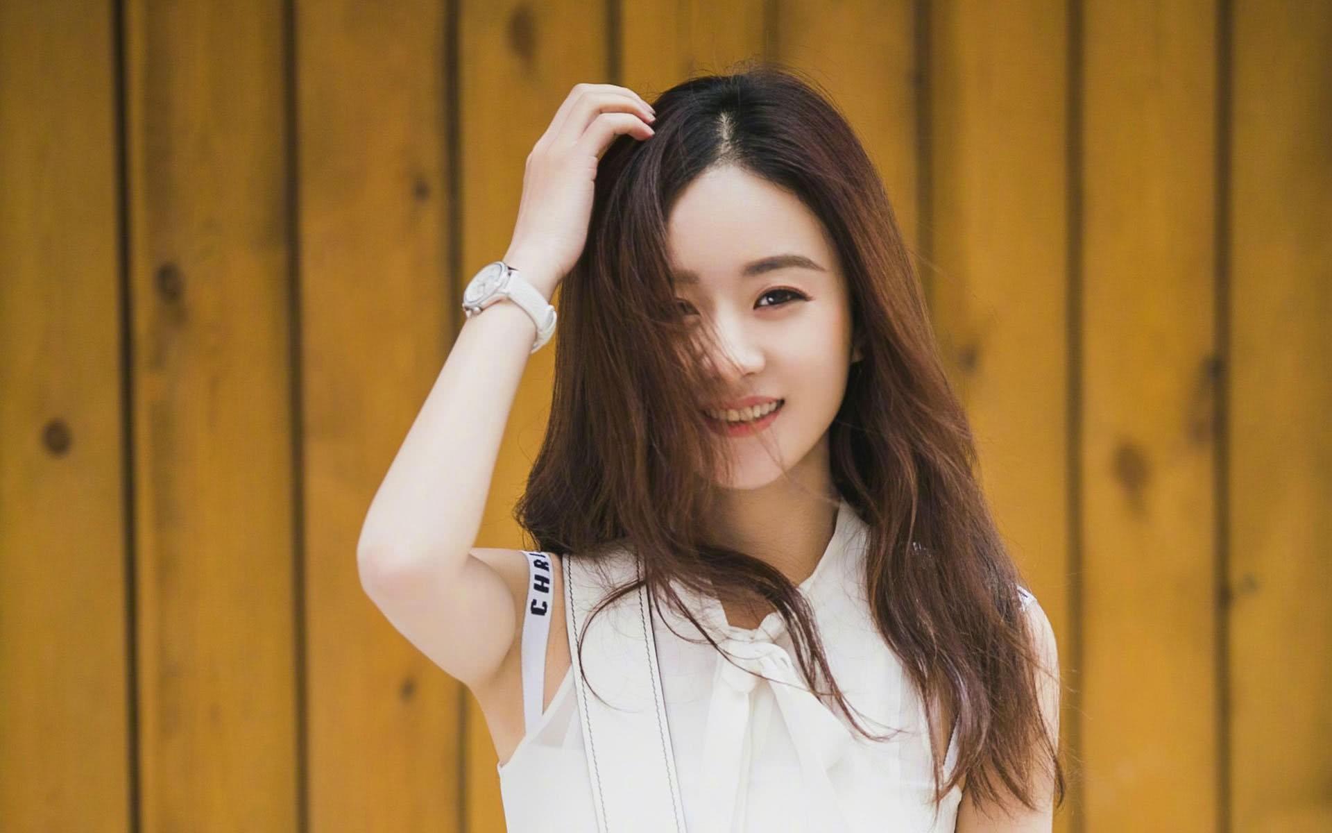 So sánh 5 cô bạn gái của Phùng Thiệu Phong: Người bị chê EQ thấp, kẻ lộ ảnh nóng thuở chập chững vào nghề - Ảnh 4.