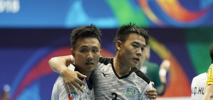 """HLV CLB Nhật Bản quá đau đớn, """"không biết phải nói gì"""" khi bị đội bóng Việt Nam đả bại - Ảnh 2."""