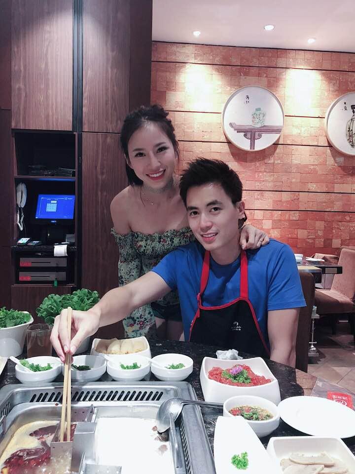 Xari Nguyễn - vợ hai Đăng Nguyên khoe ảnh đi chơi ở Singapore, úp mở chuyện có bầu lần 2 - Ảnh 5.