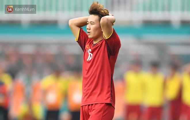 Minh Vương ôm mặt, Quang Hải lặng người sau thất bại trên chấm 11m - Ảnh 5.