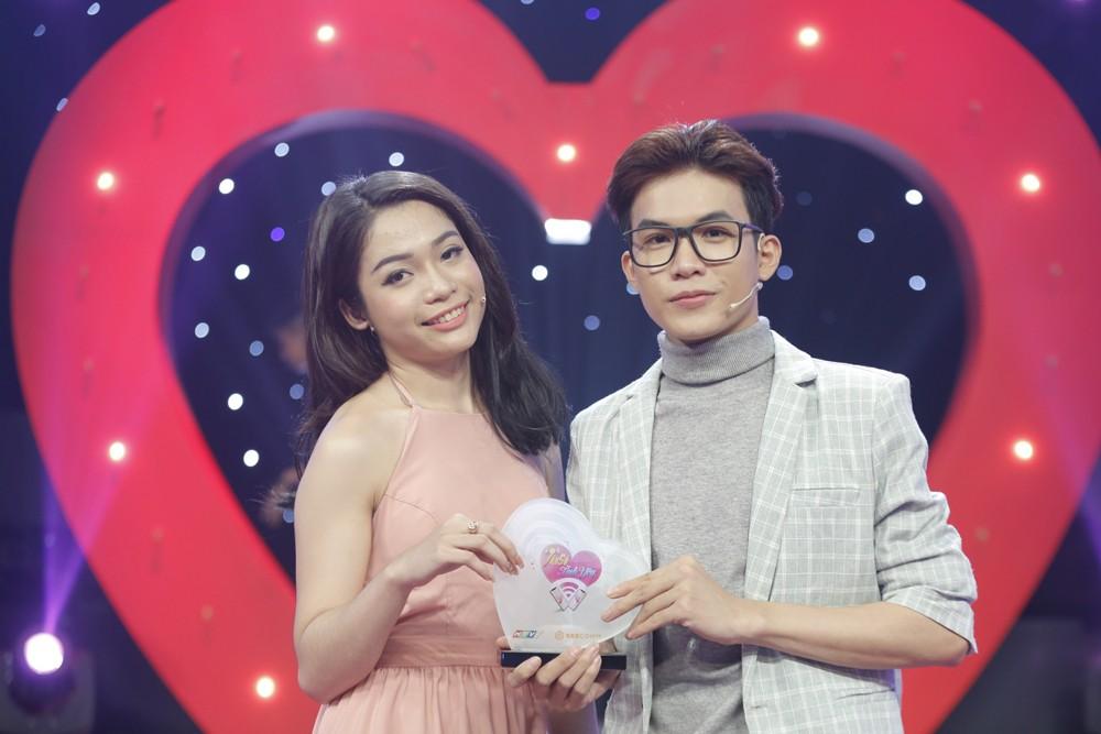 Tần số tình yêu: Chàng trai đa nhân cách đi tìm bạn gái khiến Việt Hương thích thú - Ảnh 7.
