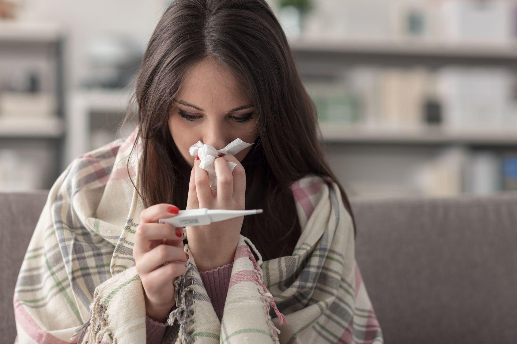 Cẩn thận với 5 vấn đề sức khỏe thường gặp khi thời tiết chuyển hè sang thu - Ảnh 4.