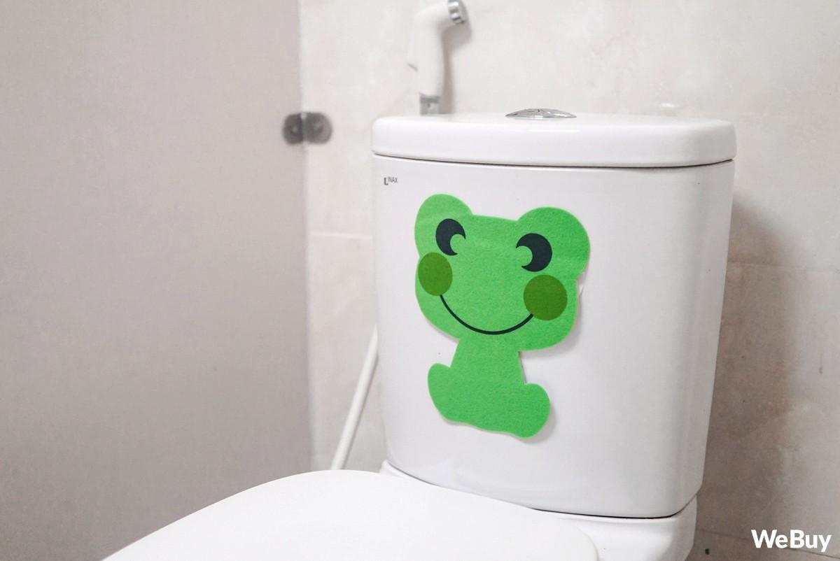 Có ai ngờ miếng dán chú ếch xanh nhìn vô dụng này lại chính là siêu nhân trong lĩnh vực hút mùi - Ảnh 4.