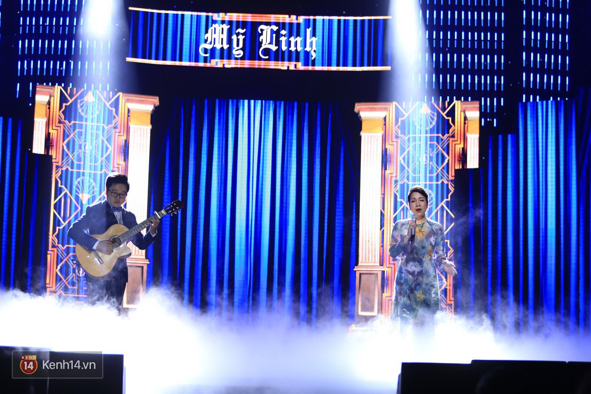 Clip: Đông Nhi và hiện tượng âm nhạc thế giới Bút dứa - Táo bút đốt cháy sân khấu bằng loạt hit đình đám - Ảnh 12.