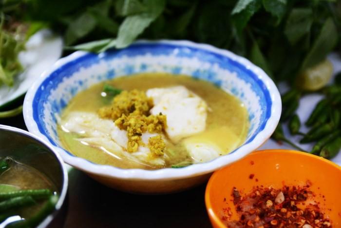 Đi đâu cho xa, Sài Gòn cũng có nhiều món bún cá trứ danh từ mọi vùng miền - Ảnh 3.