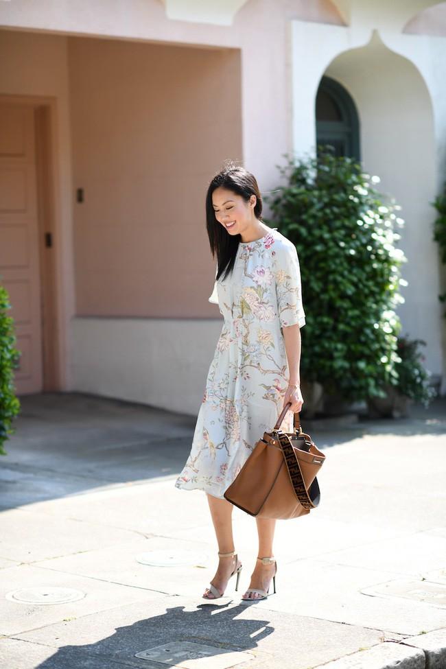 Muốn diện đồ đơn giản mà không bị nhàm chán, các nàng hãy ngắm qua street style Châu Á tuần này xem sao - Ảnh 14.