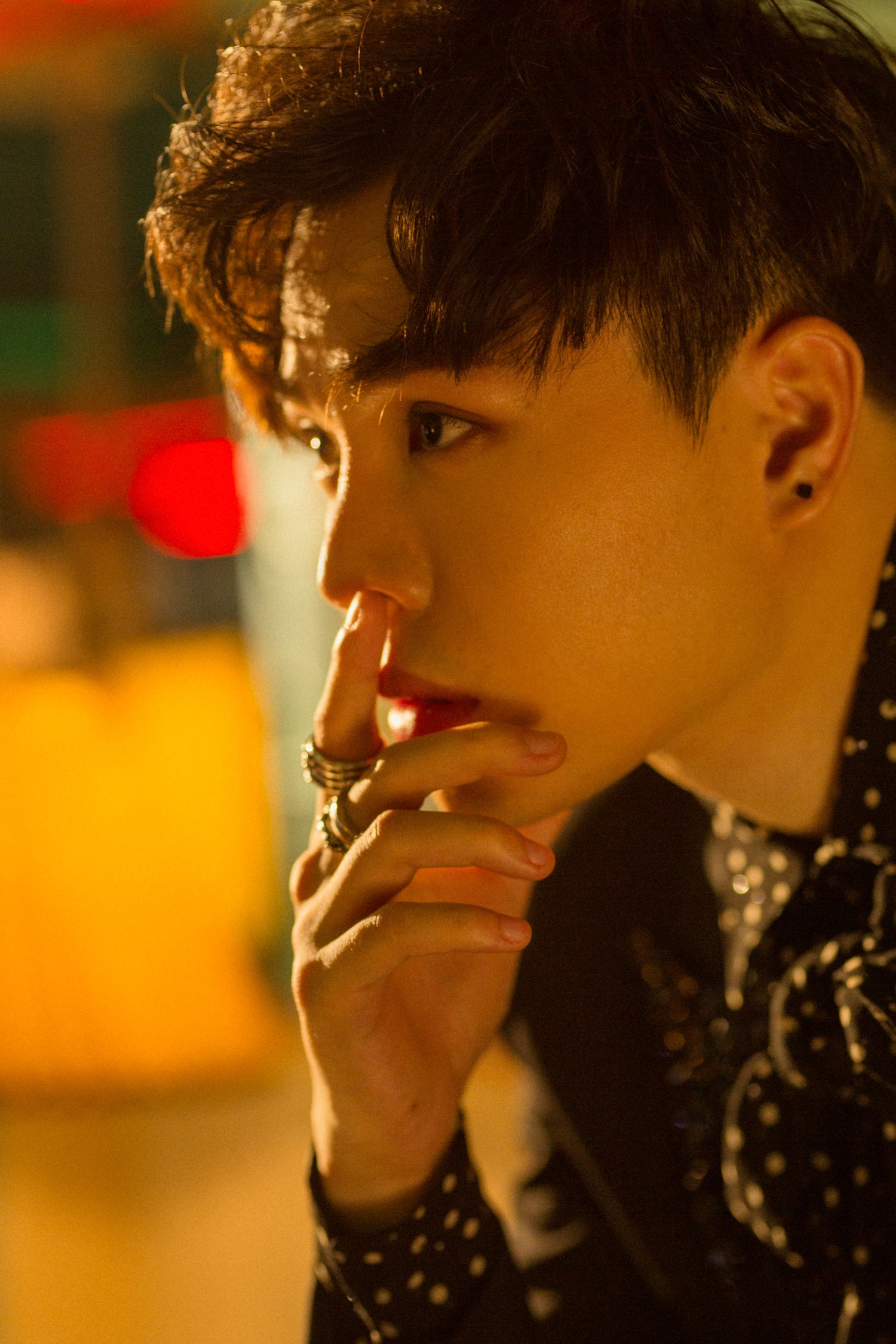 Trịnh Thăng Bình bất ngờ trở lại Vpop với bản ballad có tựa đề không thể hack não hơn