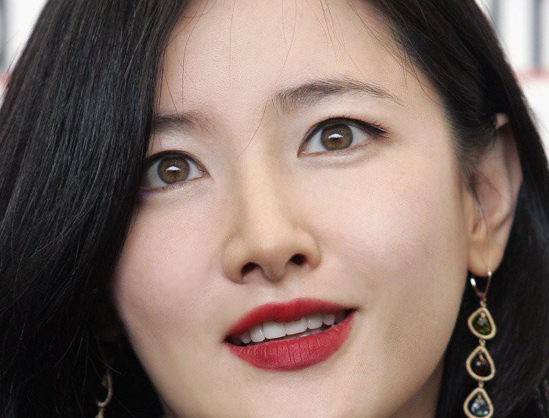 8 sao màn ảnh Hàn sở hữu cặp mắt nâu hiếm có, hễ nhìn vào là nghiện không thoát ra được - Ảnh 4.