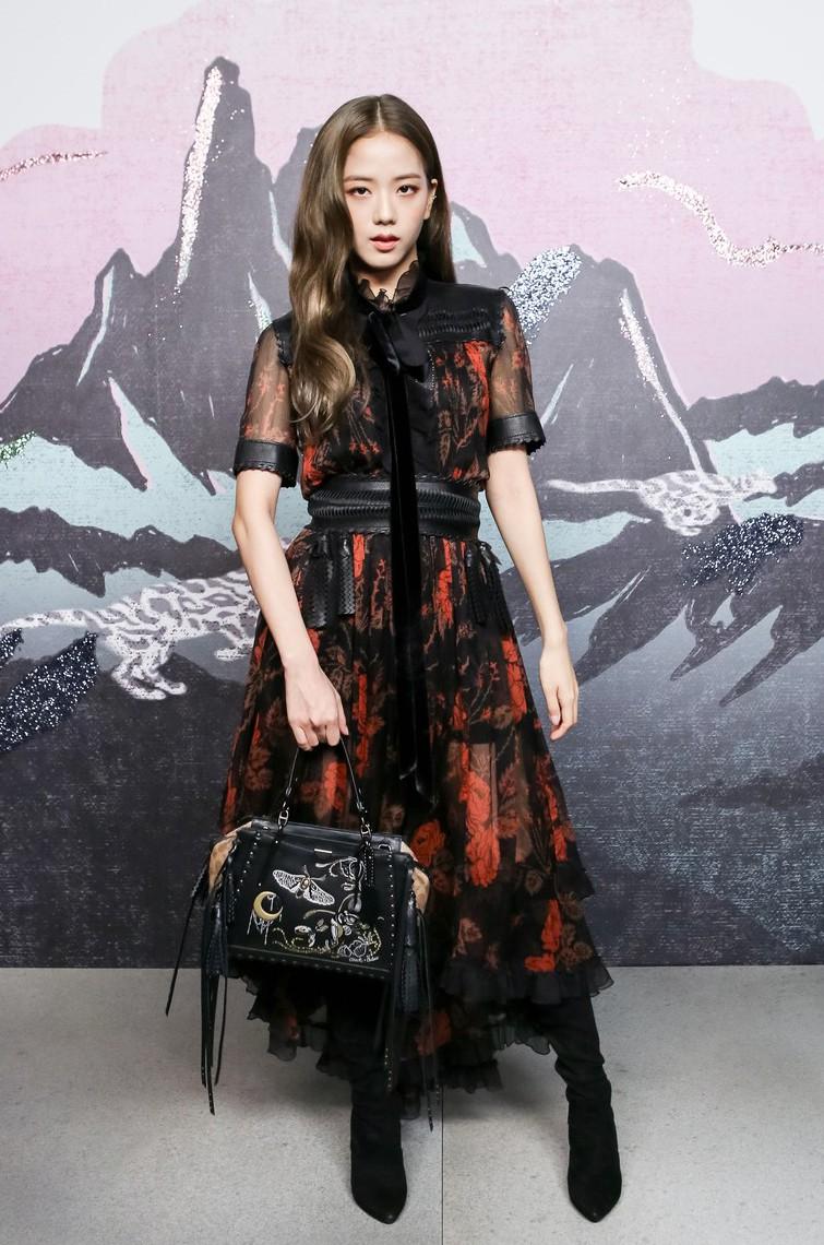 Selena Gomez cùng Black Pink dự show: Đẳng cấp giữa siêu sao Hollywood và thần tượng Hàn vẫn khá xa - Ảnh 7.