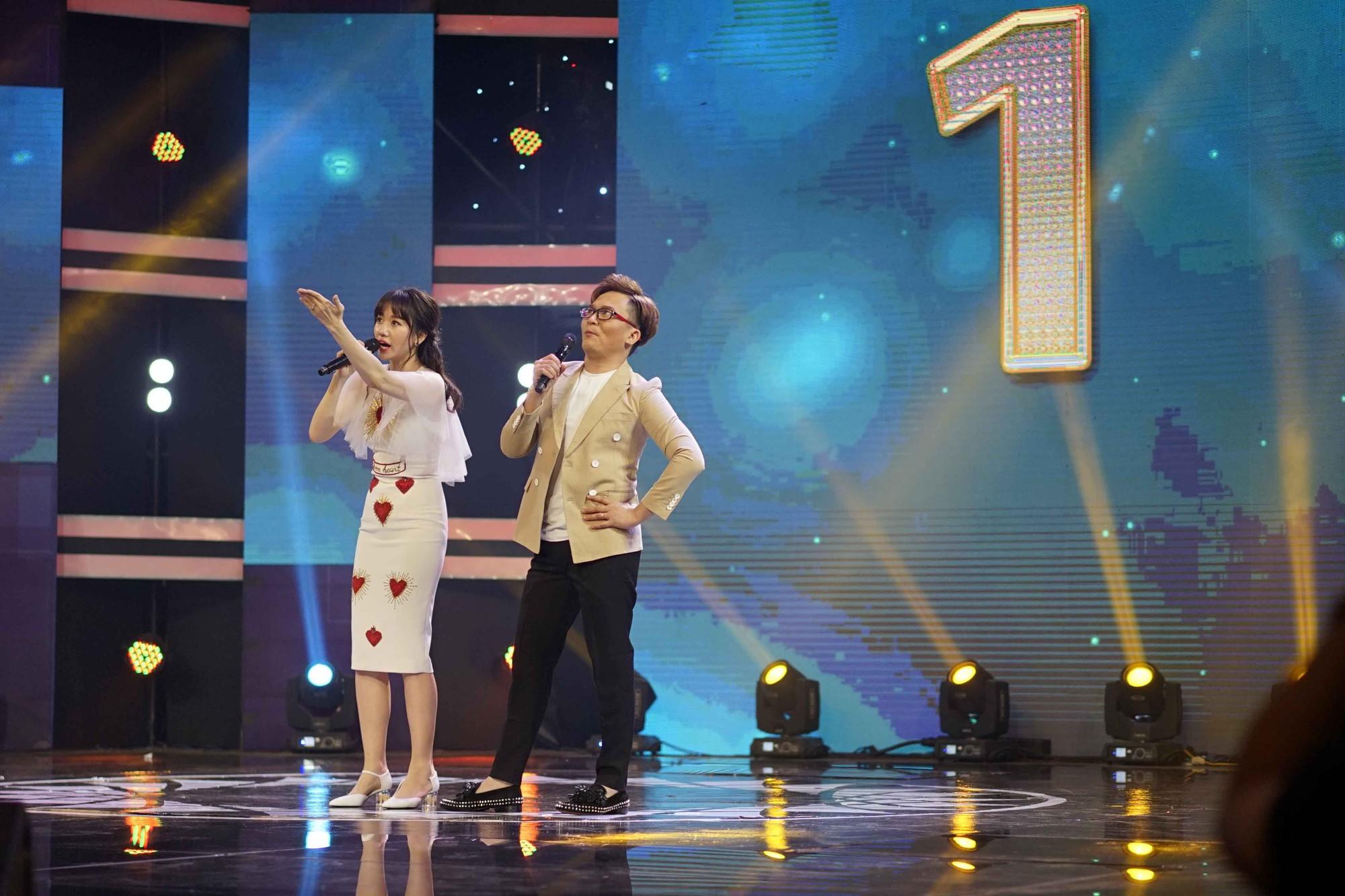 Hari Won đi dép lê tập hát, nhảy hit Roly Poly của T-ara - Ảnh 5.