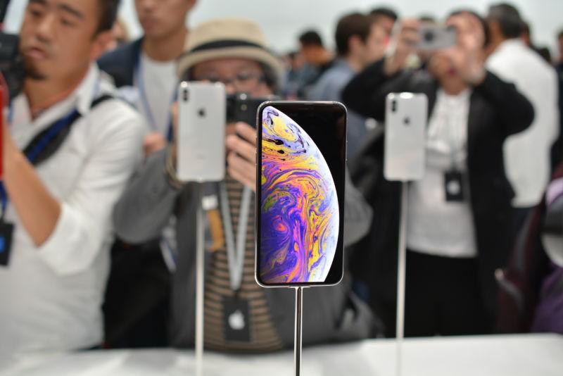Cảm nhận dùng iPhone Xs trực tiếp sớm nhất: Cái gì cũng tốt, chỉ duy nhất một thứ đáng chê! - Ảnh 1.