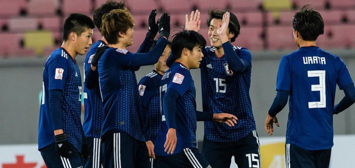 HLV đội tuyển Nhật Bản đi 1.600 km để xin lỗi đội bóng có cầu thủ bị chấn thương tại ASIAD - Ảnh 2.