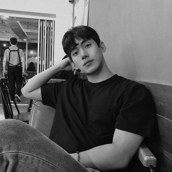YouTuber mới nổi Hàn Quốc cao 1m84, được xem là chuẩn bạn trai mơ ước của mọi cô gái! - Ảnh 2.