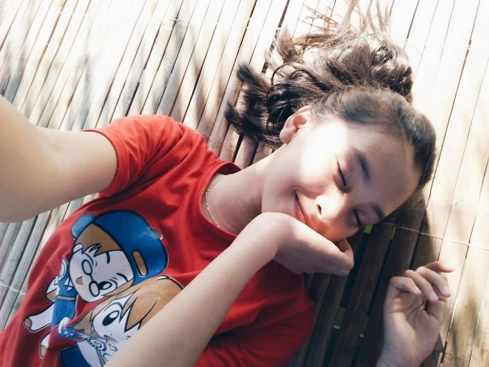 Nữ sinh 10X đẹp ngược: Make-up thì xinh nhưng mặt mộc mới là cực phẩm, thách thức cả camera thường - Ảnh 3.
