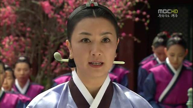 Dàn sao Nàng Dae Jang Geum sau 15 năm: Nữ phụ đổi đời, sao nhí lột xác, Mama Tổng quản ra đi vì ung thư - Ảnh 24.
