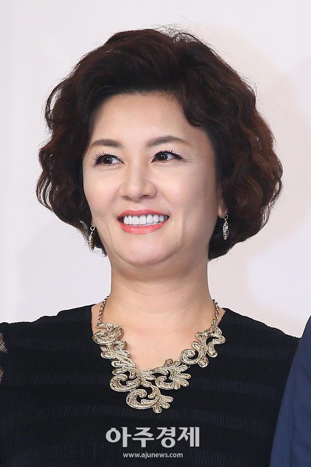 Dàn sao Nàng Dae Jang Geum sau 15 năm: Nữ phụ đổi đời, sao nhí lột xác, Mama Tổng quản ra đi vì ung thư - Ảnh 25.