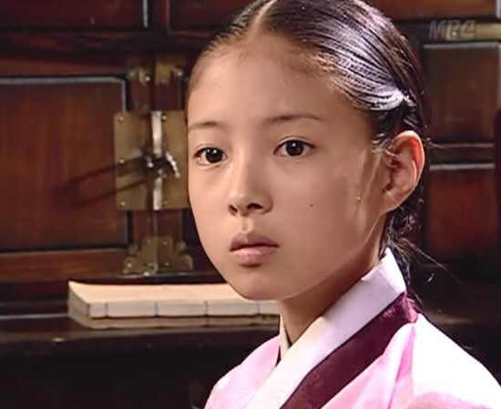 Dàn sao Nàng Dae Jang Geum sau 15 năm: Nữ phụ đổi đời, sao nhí lột xác, Mama Tổng quản ra đi vì ung thư - Ảnh 26.