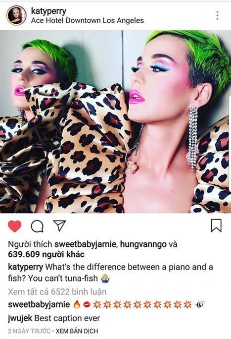 Katy Perry khoe tóc xanh như tàu lá chuối, nhưng điều đáng chú ý hơn là bộ đồ diễn từ NTK Công Trí - Ảnh 3.