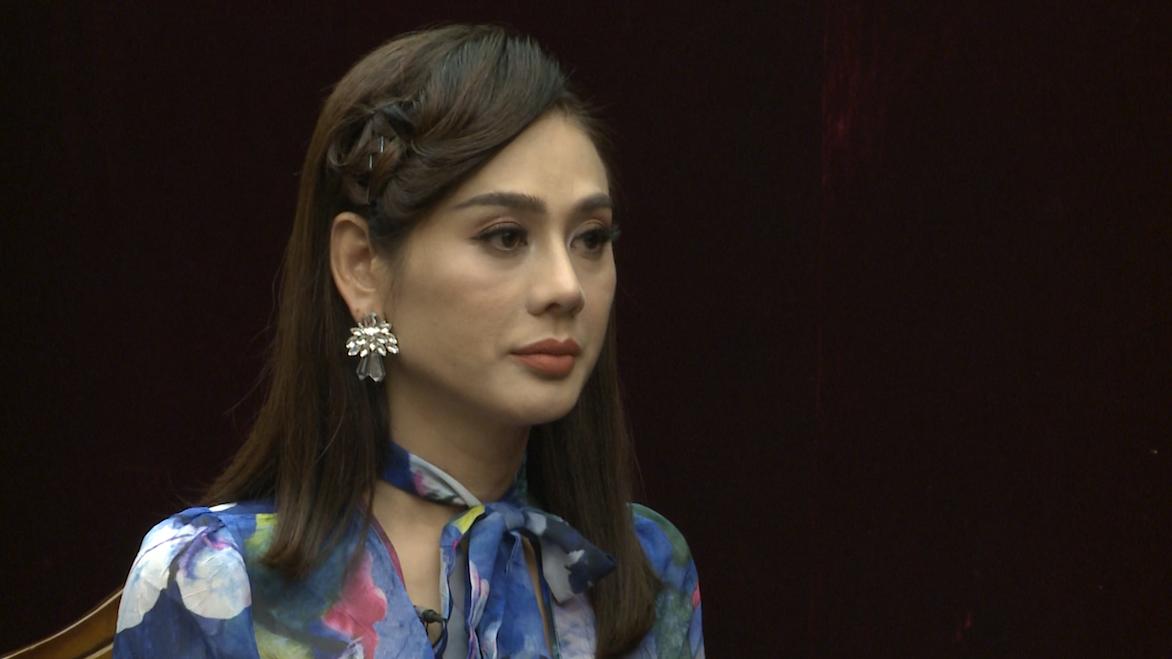 Mẹ chồng Lâm Khánh Chi chỉ im lặng khi người khác hỏi: Tại sao để con trai lấy người chuyển giới? - Ảnh 2.