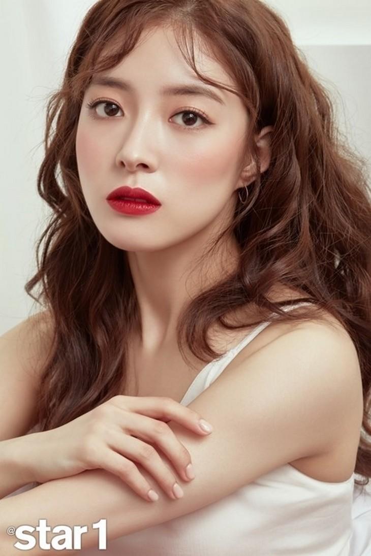 Dàn sao Nàng Dae Jang Geum sau 15 năm: Nữ phụ đổi đời, sao nhí lột xác, Mama Tổng quản ra đi vì ung thư - Ảnh 28.