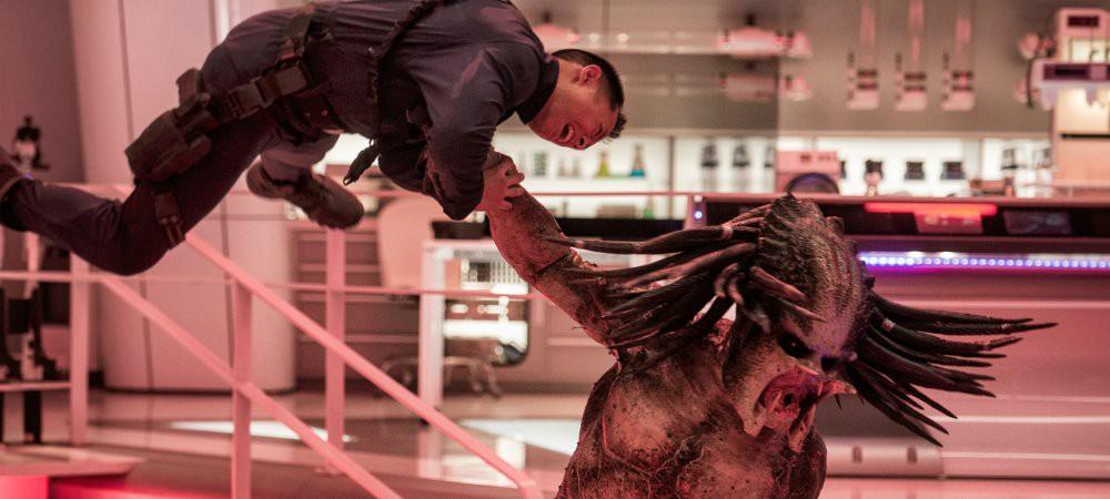 """Máu me, hài hước, nhưng """"The Predator"""" còn lâu mới xứng với thương hiệu Quái Thú Vô Hình đình đám một thời - Ảnh 6."""