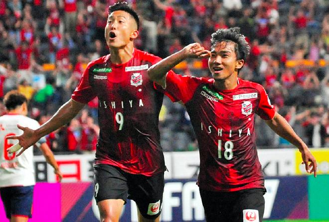 Thái Lan không gọi 4 ngôi sao đang đá ở nước ngoài về dự AFF Cup 2018 - Ảnh 1.