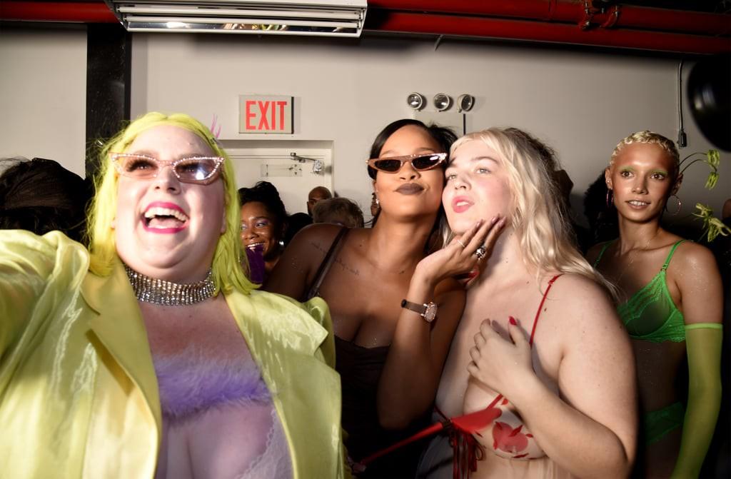 Câu hỏi: Show diễn nội y đầu tiên của Rihanna có gì đáng gờm mà để Marc Jacobs phải ra tay chèn ép? - Ảnh 8.