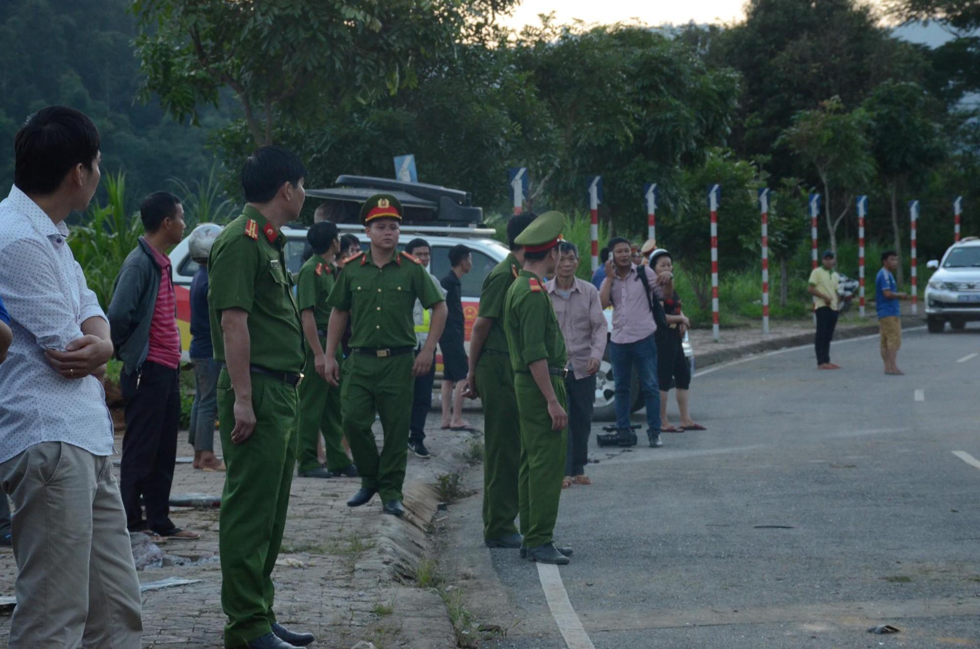 Nhân chứng kể lại vụ tai nạn 13 người chết ở Lai Châu: Trước khi gặp nạn, xe bồn bấm còi liên tục, tài xế mở cửa hét lớn - Ảnh 3.