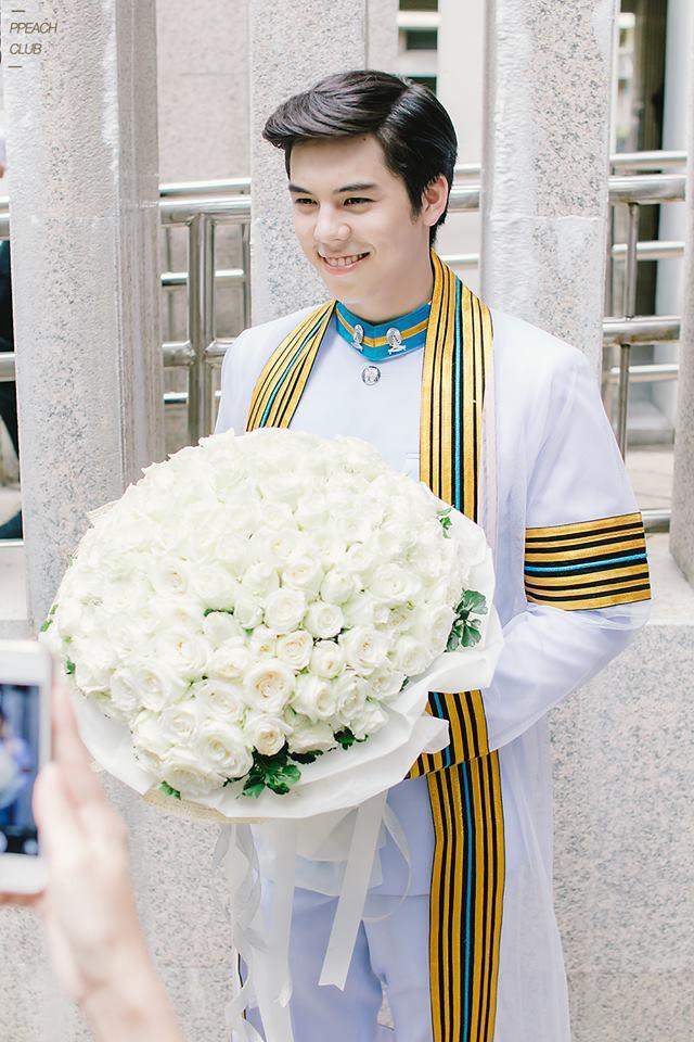 Hội nam thần nữ thần Thái sinh ra đã là rich kid vạn người mê: Vừa đẹp, giàu lại còn học trường danh giá bậc nhất - Ảnh 1.