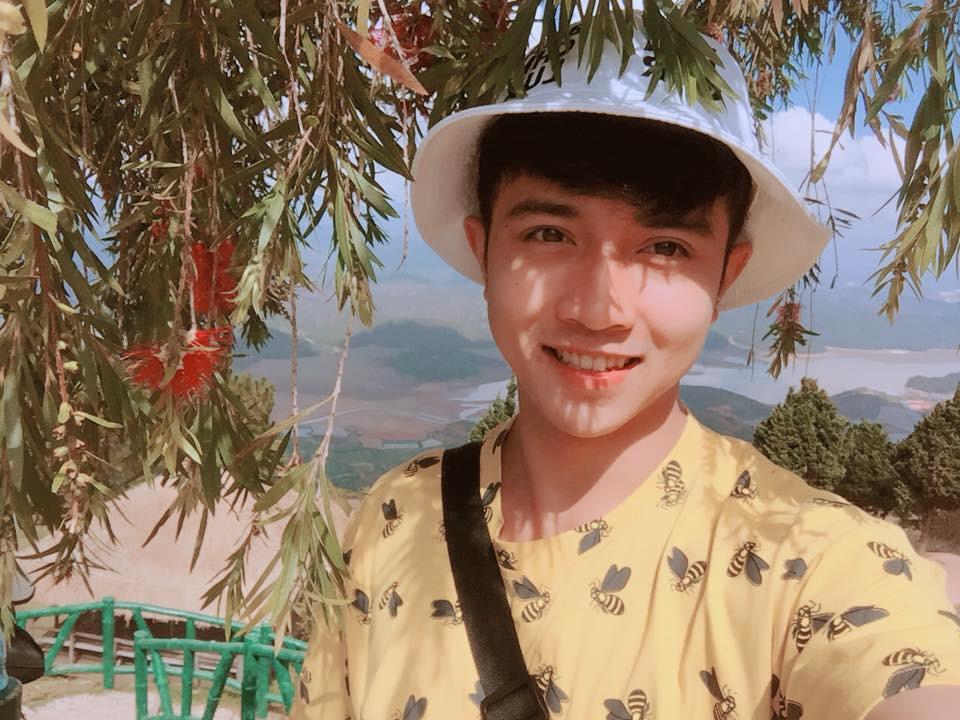 Em trai Á hậu 2 Thuý An có ngoại hình thu hút, đang là sinh viên Học viện Hàng không Việt Nam - Ảnh 8.