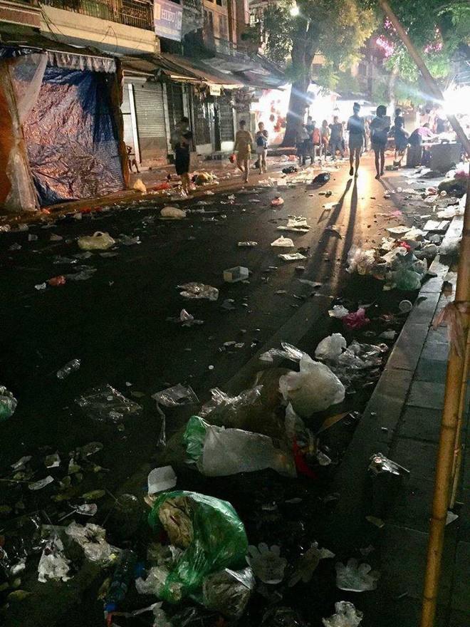 Hình ảnh Hà Nội bị đối xử tệ bạc khiến nhiều người phải bình luận: thật kinh khủng! - Ảnh 1.