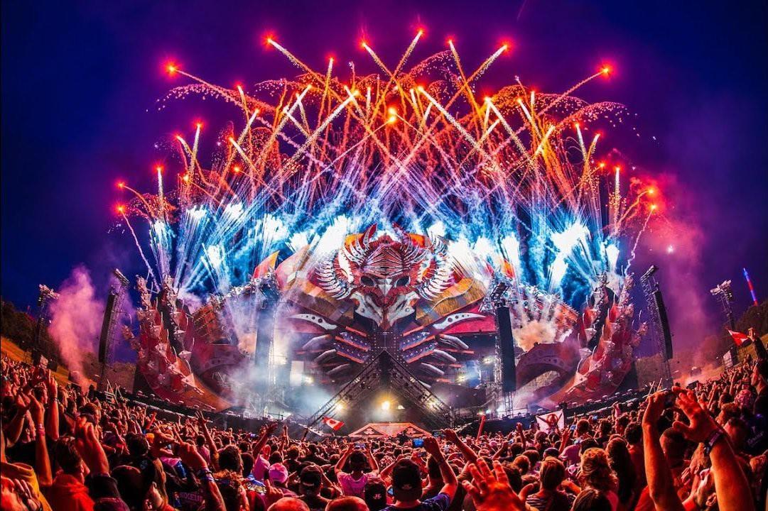 Chính quyền Úc tuyên bố sẽ cấm tổ chức lễ hội âm nhạc Defqon. 1 sau khi 2 người chết và 700 người nhập viện do sốc thuốc - Ảnh 2.