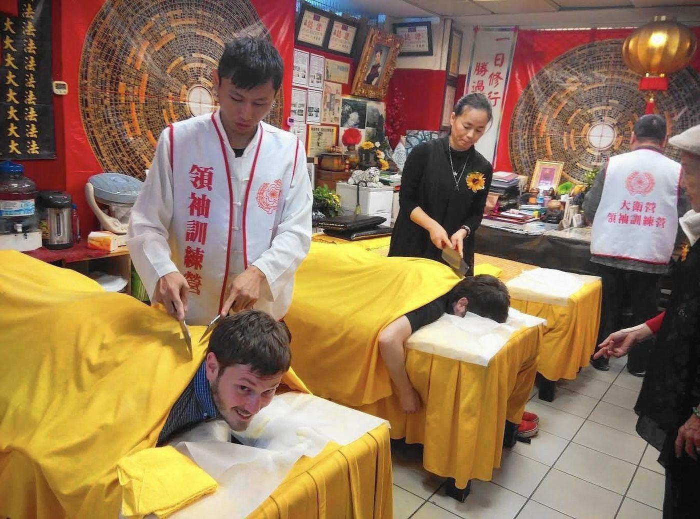 3 kiểu massage mát lạnh tới tận sống lưng dành cho những người ưa thích sự táo bạo - Ảnh 4.