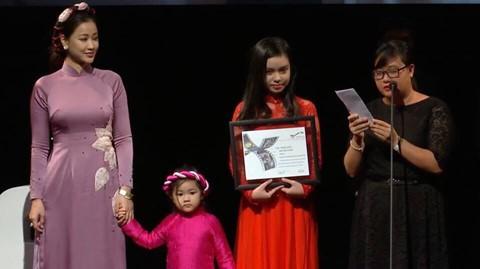 """Đánh bại loạt đối thủ nặng ký, phim Việt Nam """"Người Vợ Ba"""" giành giải Phim Châu Á xuất sắc nhất tại LHP Toronto - Ảnh 3."""
