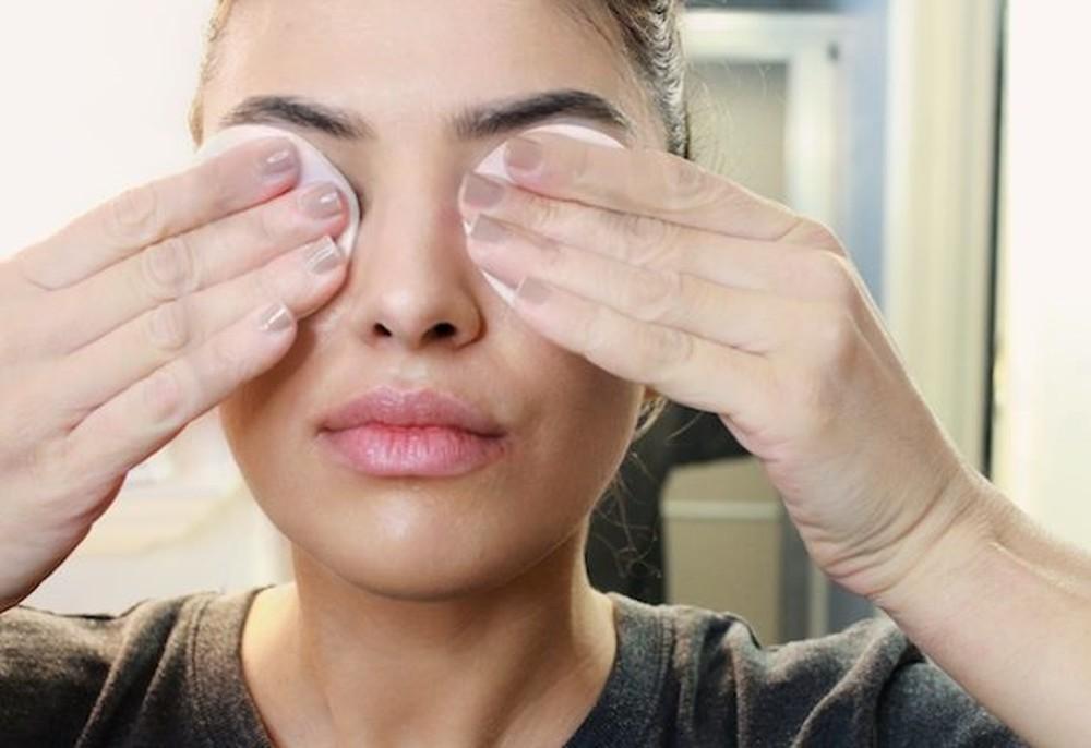 7 thói quen xấu gây ảnh hưởng nghiêm trọng tới thị lực mà nhiều người hay mắc phải - Ảnh 3.