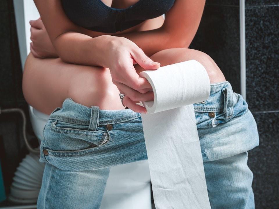 Đau bụng kinh kèm theo những dấu hiệu bất thường sau đây có thể là do một vài vấn đề sức khỏe phụ khoa gây ra - Ảnh 3.