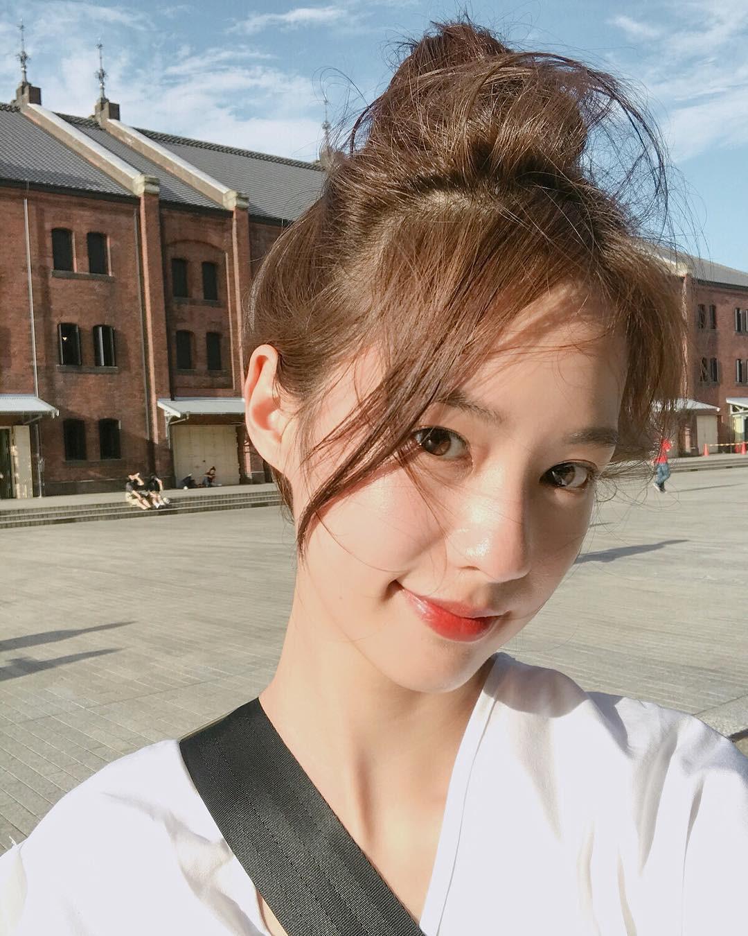 Màu tóc cơ bản đang được sao Hàn để nhiều nhất cũng chính là màu nhuộm hoàn hảo của mùa thu, nàng nào thử cũng sẽ xinh - Ảnh 4.
