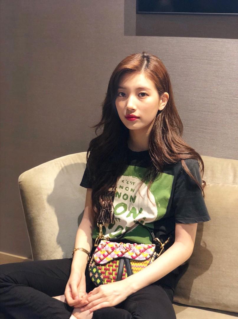 Màu tóc cơ bản đang được sao Hàn để nhiều nhất cũng chính là màu nhuộm hoàn hảo của mùa thu, nàng nào thử cũng sẽ xinh - Ảnh 2.