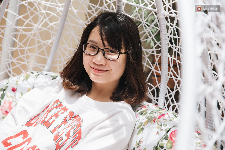 Hot mom 22 tuổi Thanh Trần đã đánh bại Sơn Tùng về lượng followers trên MXH - Ảnh 2.