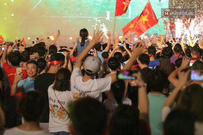 Nhiều khoảnh khắc ấn tượng trong lễ vinh danh đoàn thể thao Việt Nam trở về từ ASIAD 2018 14